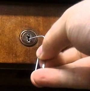 معایب امنیتی استفاده از کلید برای باز نمودن کمد